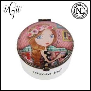 💕JUST IN💕Nicole Lee IRIS jewelry/trinket box